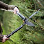 FISKARS SingleStep Hedge Shear Trimmer Wavy Blade 114730